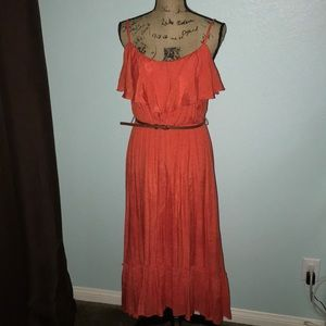Daytime dress/top and bottom ruffles
